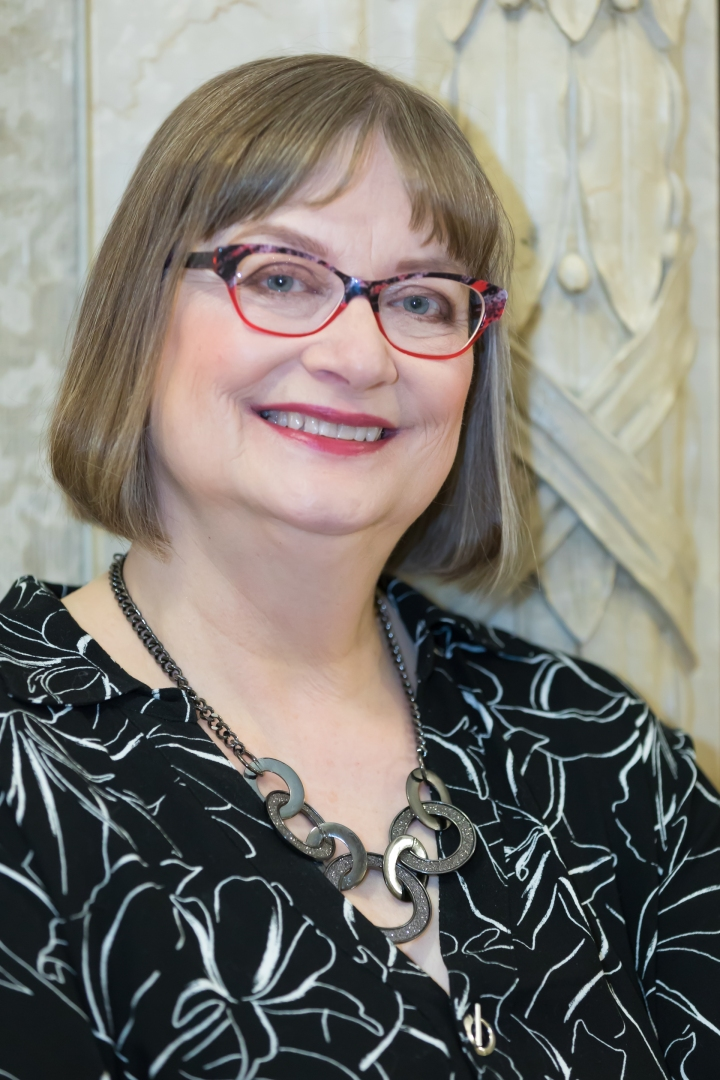 Introducing New Romance Author LaurieWood