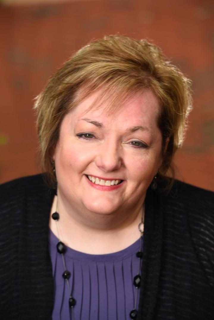Meet New Author JenniferChastain!